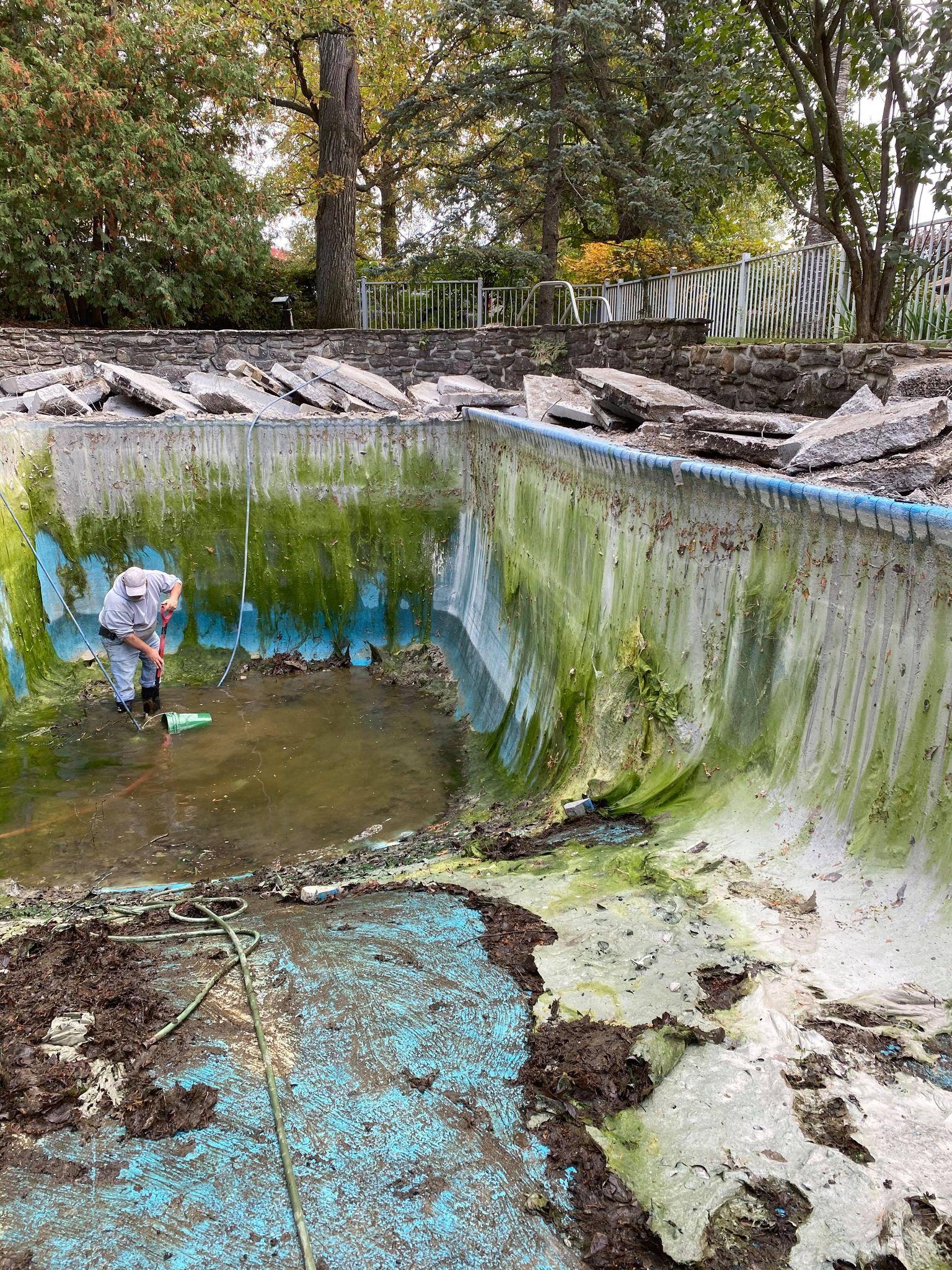 Excavation drain d'égout